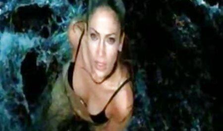 زیبا, کانال تلگرام سکسی رایگان دخترک معصوم, برهنه می شود