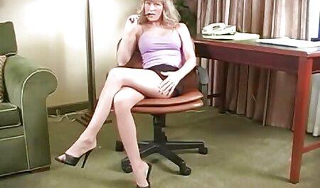 زن زیبا باعث می شود فیلم سوپر کانال دیک خود را برای تقدیر