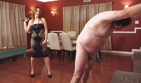 صورت ادرس کانال های سکسی کثیف برای خیره کننده brunettes داغ در جوراب ساق بلند